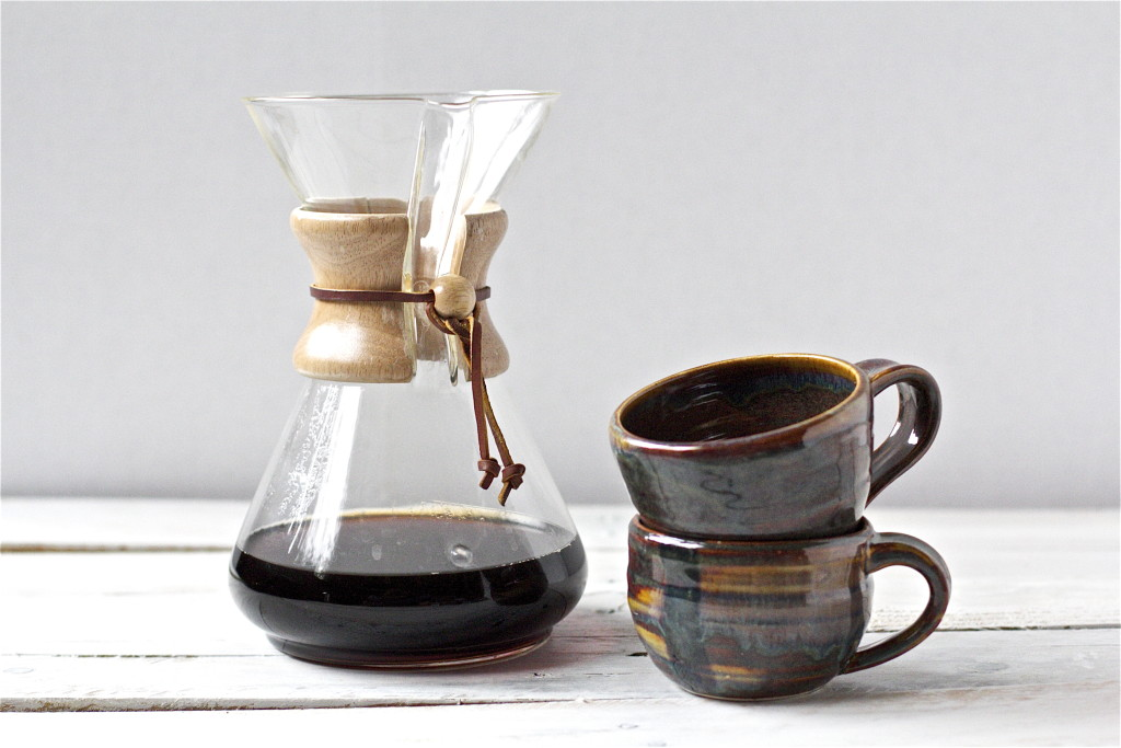Chemex with two rather pretty mugs